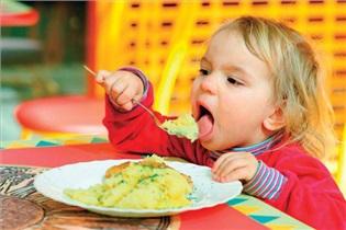 8 توصیه غذایی برای افزایش وزن کودک