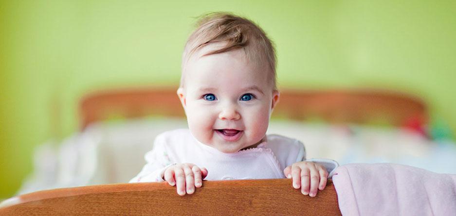 8 راه برای خنداندن کودک دلبند