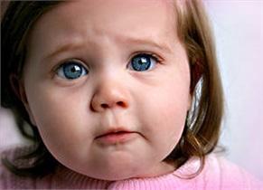 با کودکان غمگین چگونه رفتار کنیم؟
