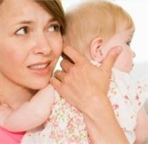 مادران همیشه نگران، کودکان چاقتری دارند