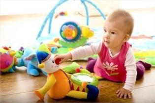 کودک در 2 سالگی چگونه بازی میکند؟
