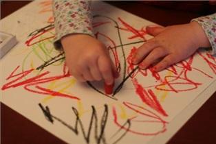 تکامل و پیشرفت فیزیکی به کمک بازی : خط خطی و نقاشی کردن