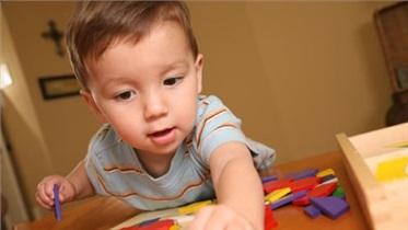 تکامل و پیشرفت فیزیکی به کمک بازی : شکل دادن و به هم ریختن