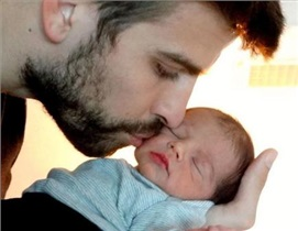 10 روش تجربه شده برای آرام کردن کودک توسط پدرها!