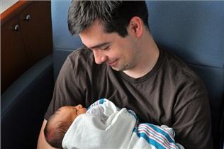 10 راه برای اینکه به یک پدر بهتر تبدیل شوید