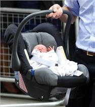 خطرخفگی کودکان در صندلی کودک خودرو