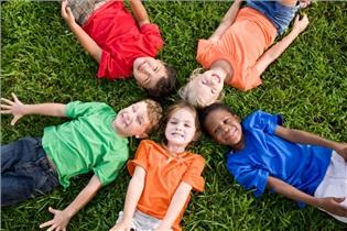 چگونه احساسات کودکانمان را درک کنیم؟