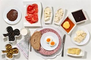 صبحانه نخوردن چه بلایی سرتان میآورد؟
