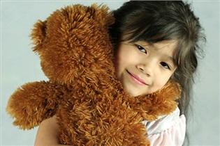 چگونه با وابستگی کودکمان به وسایلش کنار بیاییم؟