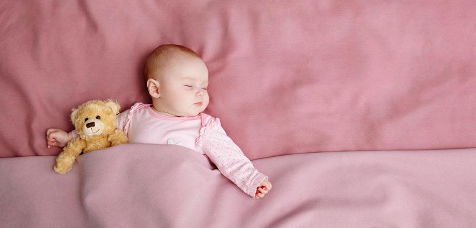 راهکارهای طب سنتی برای تنظیم خواب نوزاد