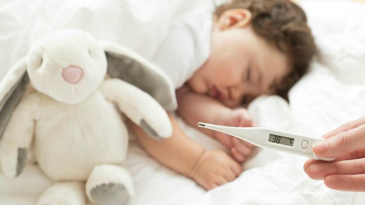 درمان تب نوزادان
