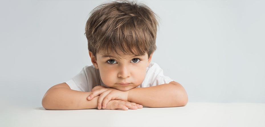 به سوالات عجیب و غریب کودکان چه پاسخی بدهیم؟