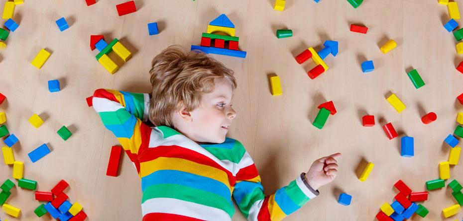 اگر فرزند اولتان اوتیسم یا بیش فعال است، بخوانید