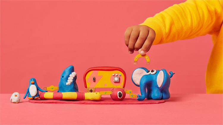 خمیر بازی برای افزایش هوش کودک