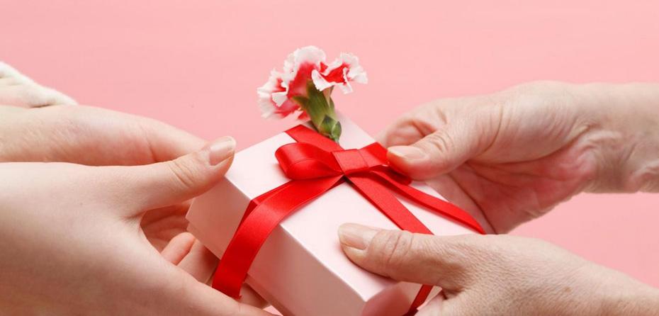 پیشنهادهای بینظیر برای هدیه روز مادر