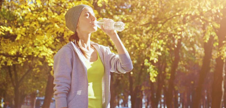 در پاییز نوشیدن آب را فراموش نکنیم!
