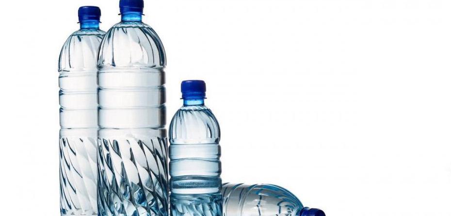 مصرف بیش از حد آب سرد و خوابیدن بعد از غذا عاملی برای بروز هموروئید