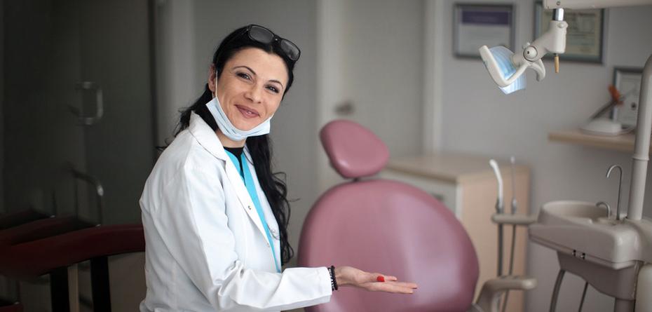 دندانپزشکی رفتن در بارداری، مجاز است یا ممنوع؟