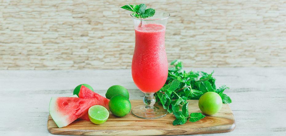 طرز تهیه نوشیدنیهای خوشمزه تابستانی با هندوانه