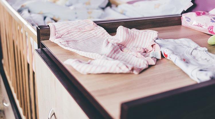 پوشاک نوزاد