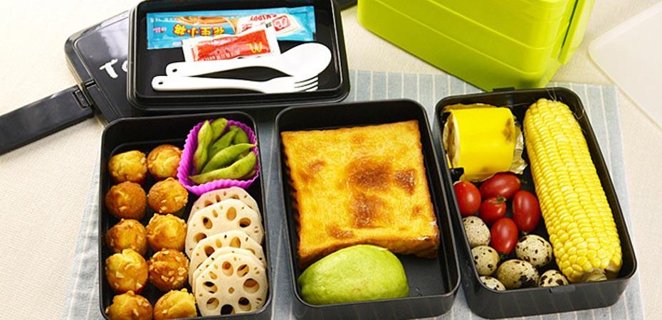 غذای بچهها را در ظروف پلاستیکی نگذارید