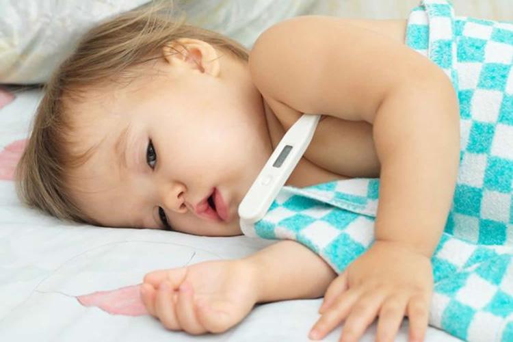 درمان تب نوزاد