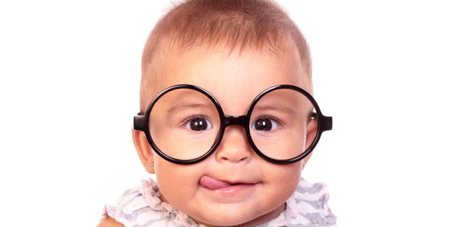 تست بینایی نوزاد در خانه