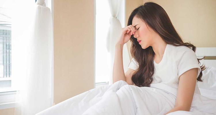 سردرد از نشانه های بارداری